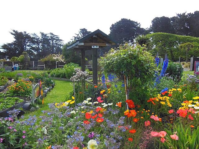 Landscape gardening jobs brighton for Landscape jobs nz